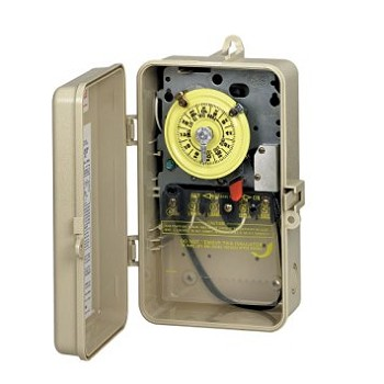 Intermatic Time switch in plastic enclosure w/heater protection 220v, DPST